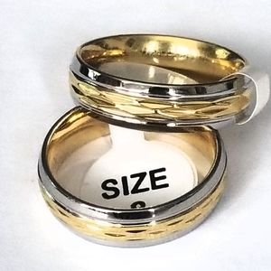 New gold and silver toned ring size 5-7